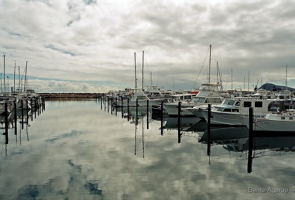 Marina in Freemantle by julie08