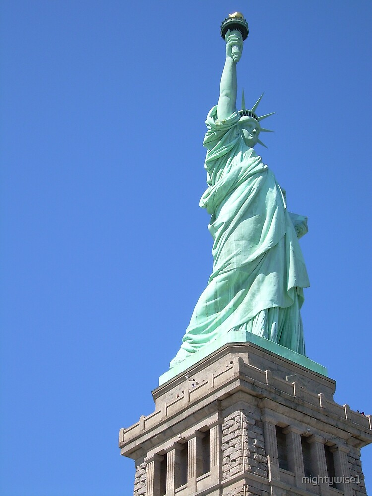 Liberty Statue by mightywise1