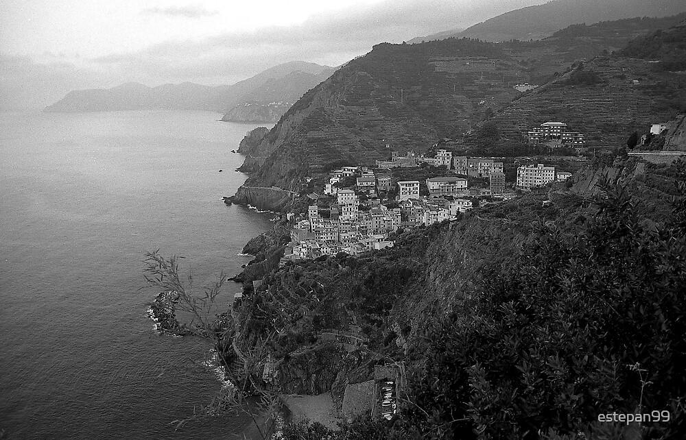 rio maggiore, cinque terre, italy by estepan99