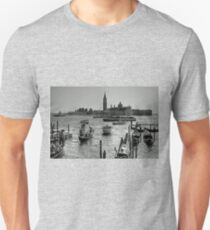 Giudecca Canal - B&W Unisex T-Shirt