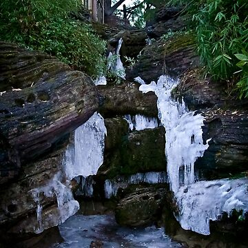 Frozen Waterfall by prolificlee