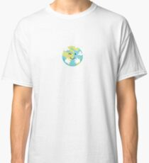Give our earth a hug Classic T-Shirt
