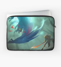 Nargacuga Hunt [Monster Hunter] Laptop Sleeve
