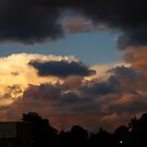 Storm gathering by MarianBendeth
