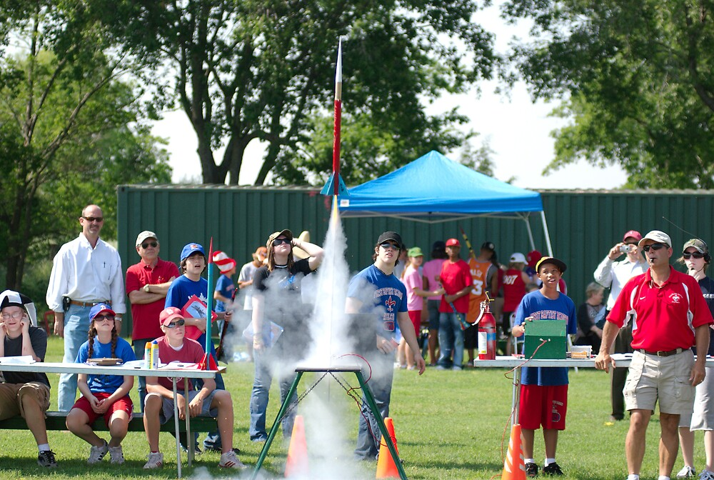 ROCKET DAY FOR SCIENCE CLASS by kevin  wiebold