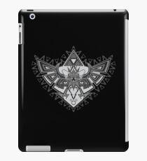 Heart Shield Triforce Silver 2/3 iPad Case/Skin