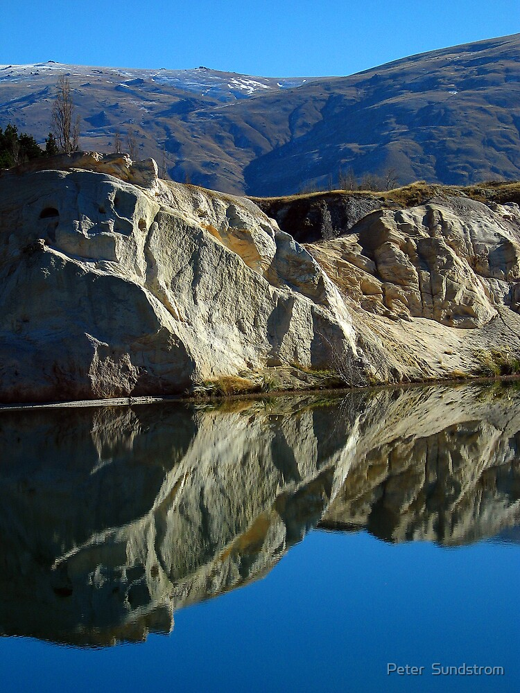 Blue Lake - St Bathans by Peter  Sundstrom