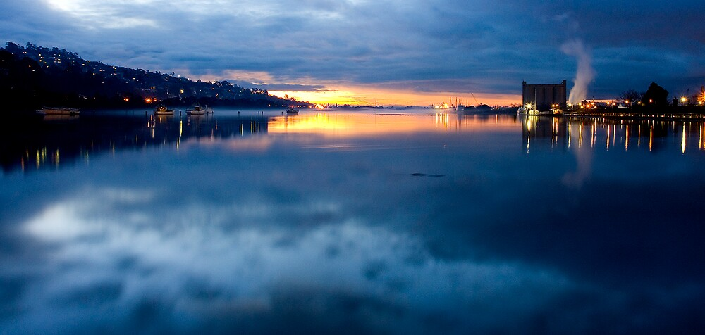 Sunset @ Launceston by Terence Chan