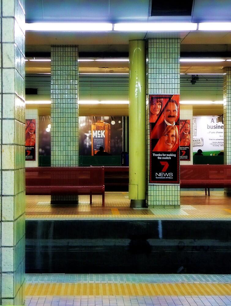 Central Station Brisbane by Paul  Milburn
