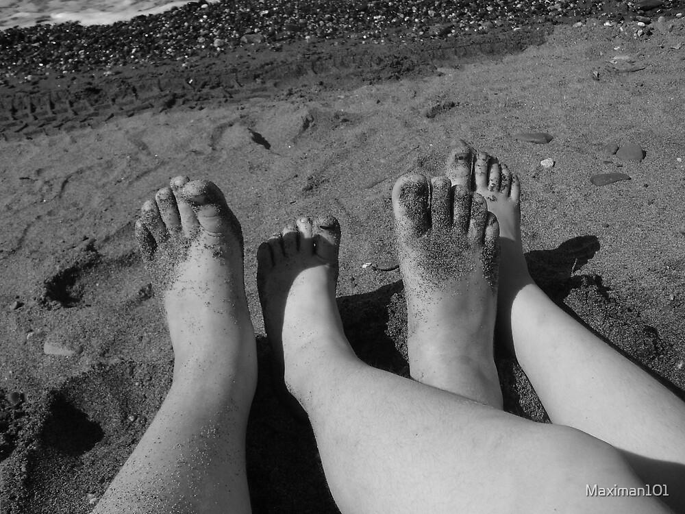 Little Big Feet by Maximan101
