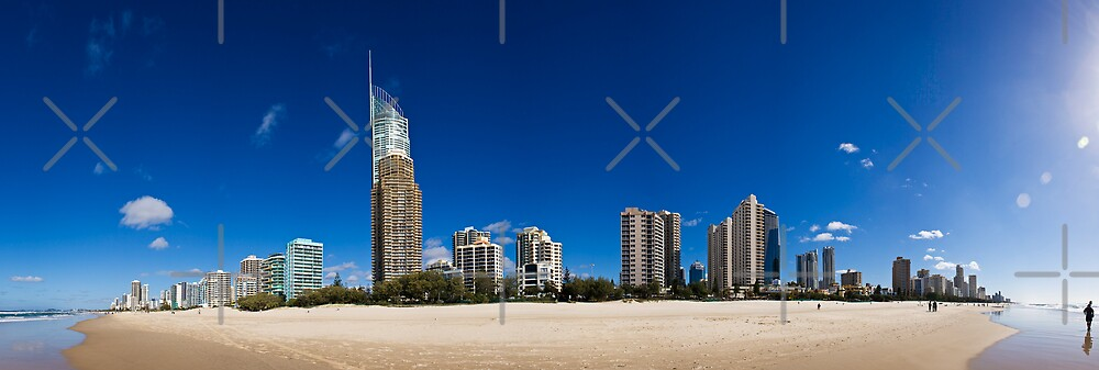 Surfers Paradise Pan by Andre Gascoigne