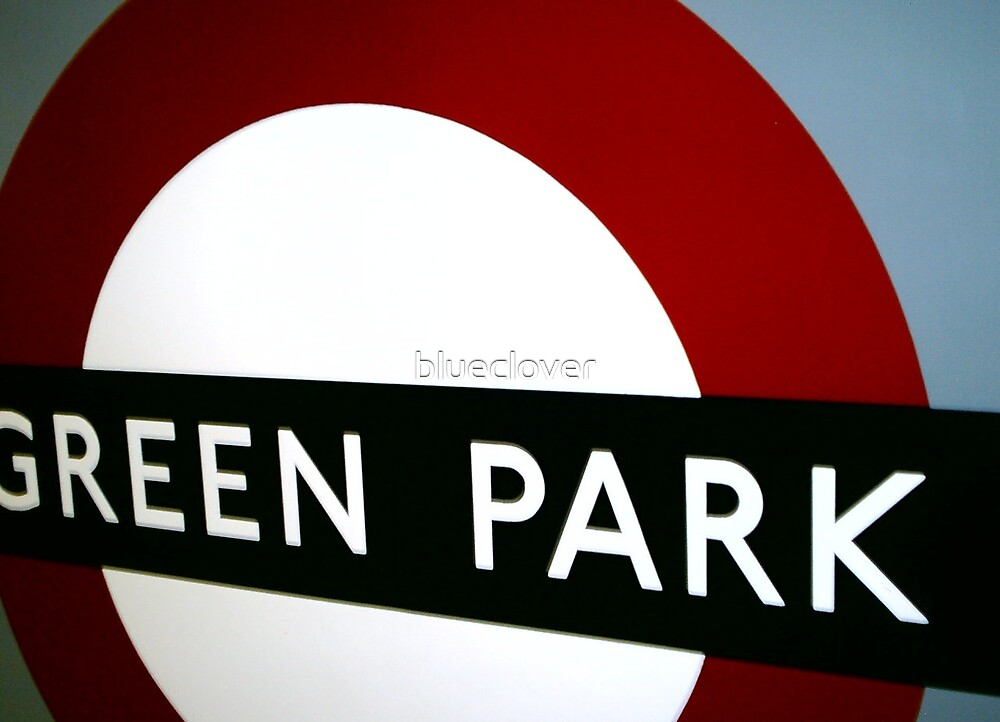 Green Park sign on the Tube by blueclover
