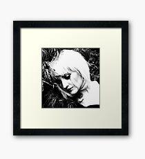 See me - See me, deeply (Vedimi - Vedi me, veramente) V Framed Print