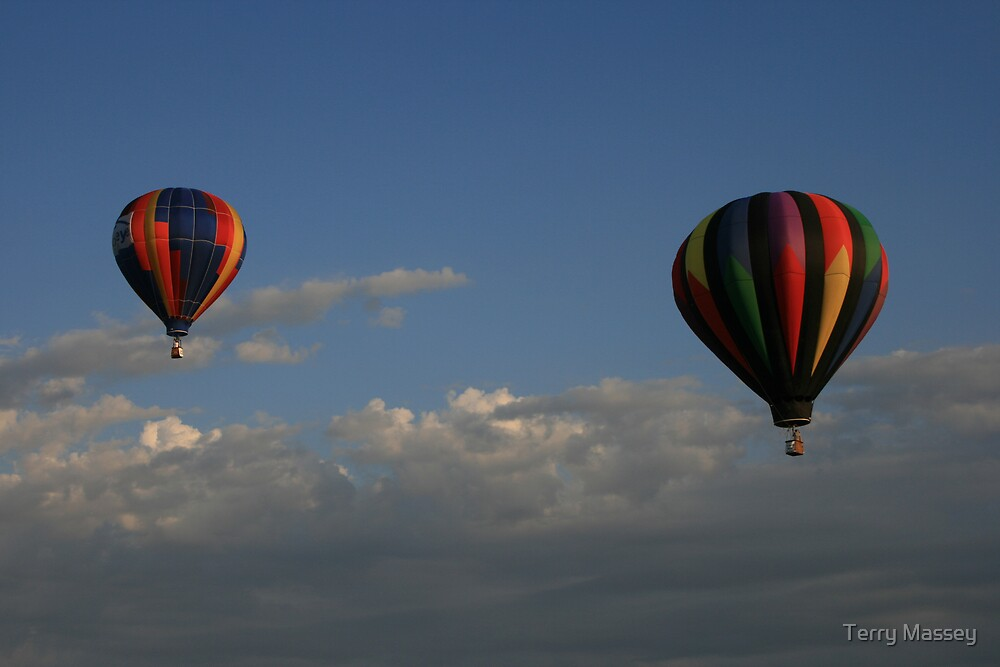 dueling balloons by Terry Massey