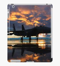 Fighter Jet Airplane at Sunset Military Gifts                                     iPad Case/Skin