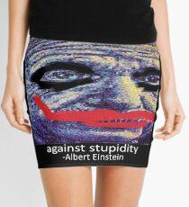 Minifalda Albert Einstein: T-Shirts | Redbubble There is no vaccine against stupidity