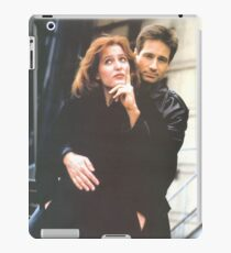 Scully and Mulder / X-Files iPad Case/Skin