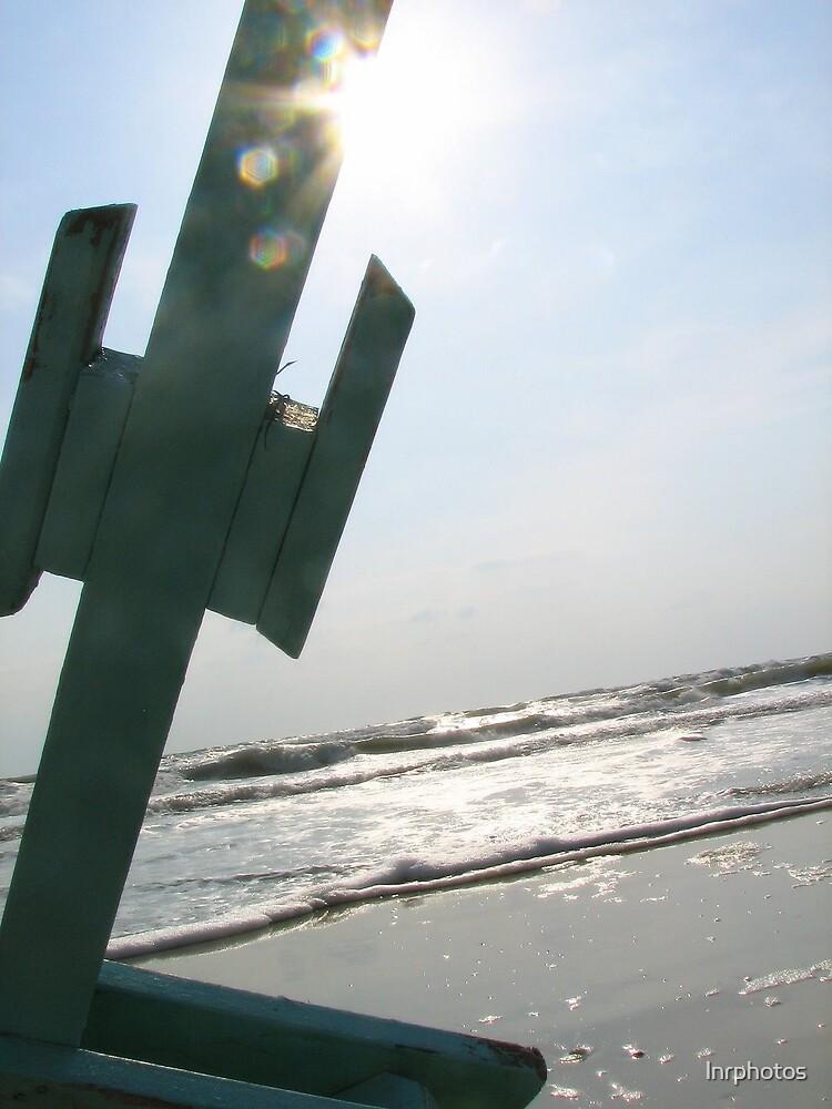 Sunrise on the Beach by lnrphotos