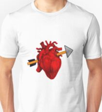 The most realistic valentines gift. T-Shirt