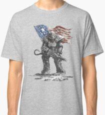Fallout power armour suit Classic T-Shirt