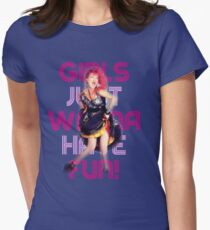 Cyndi Lauper - Girls Just Wanna Have Fun T-Shirt