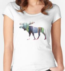 Moose  Women's Fitted Scoop T-Shirt