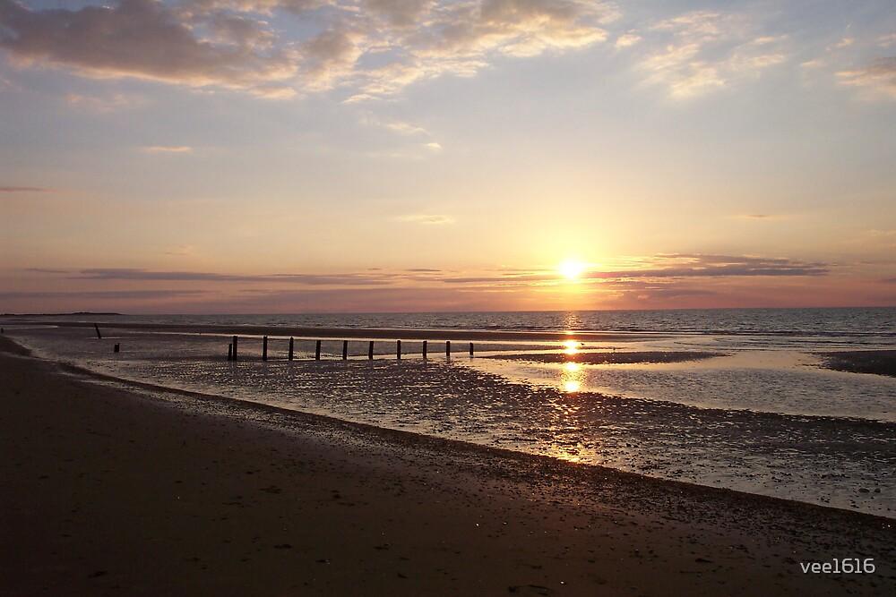 Brancaster Beach, Norfolk by vee1616