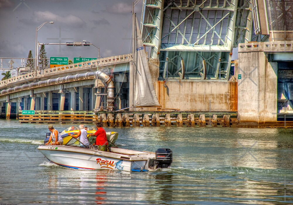 Boaters by photorolandi