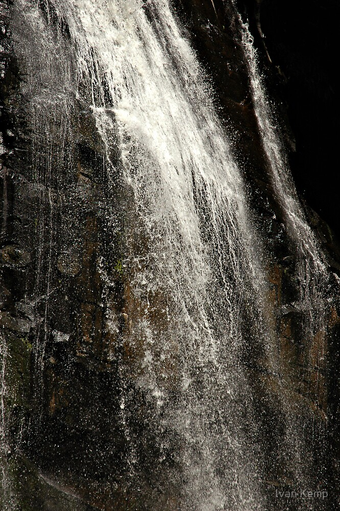 Stephensons Falls - Otways by Ivan Kemp