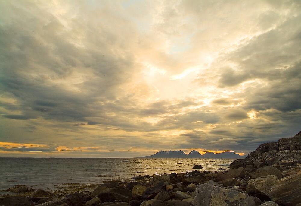 Midnight at Andørja by hjo52
