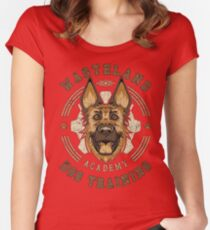 Fallout 4 dog training academy ' dogmeat ' Women's Fitted Scoop T-Shirt