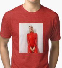 Miss Beyla Hughes Latex Leder PVC Fetisch Model Tri-blend T-Shirt
