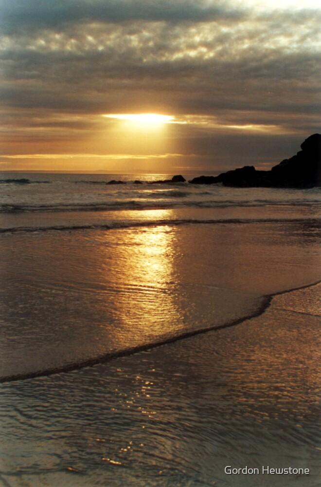 Polurrian Sunset (3) by Gordon Hewstone