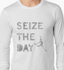 Seize the day! Newsies Long Sleeve T-Shirt