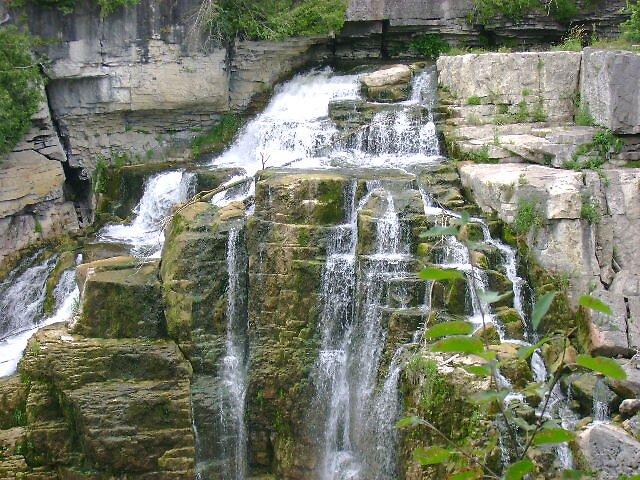 Water Fall by Robert Lake