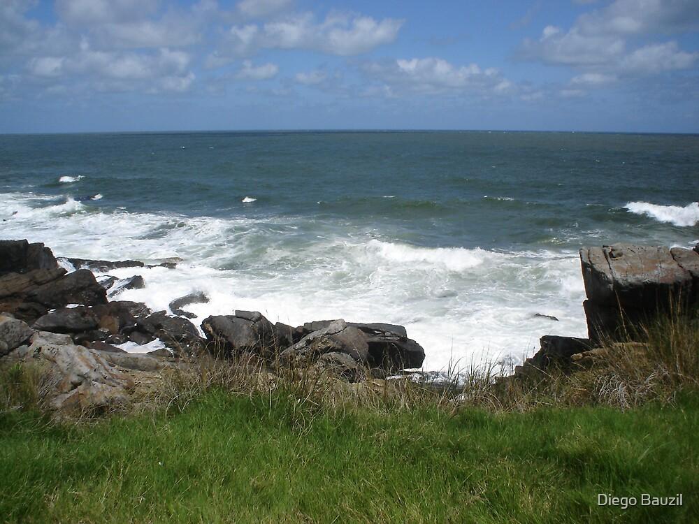 lonely coast line by Diego Bauzil