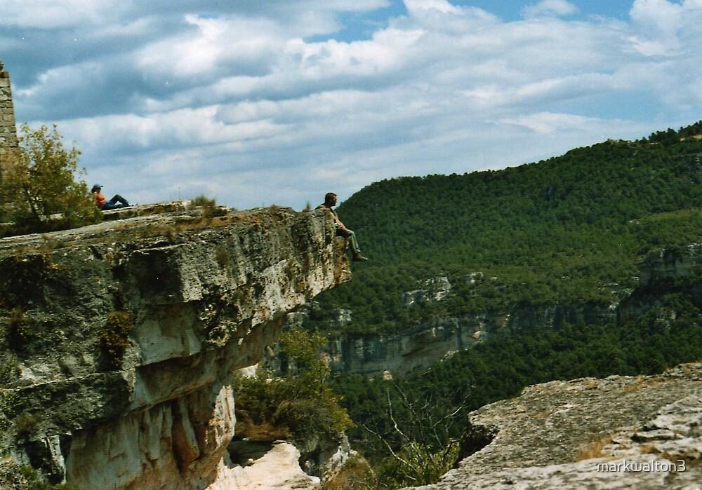 Cliff Hanger by markwalton3