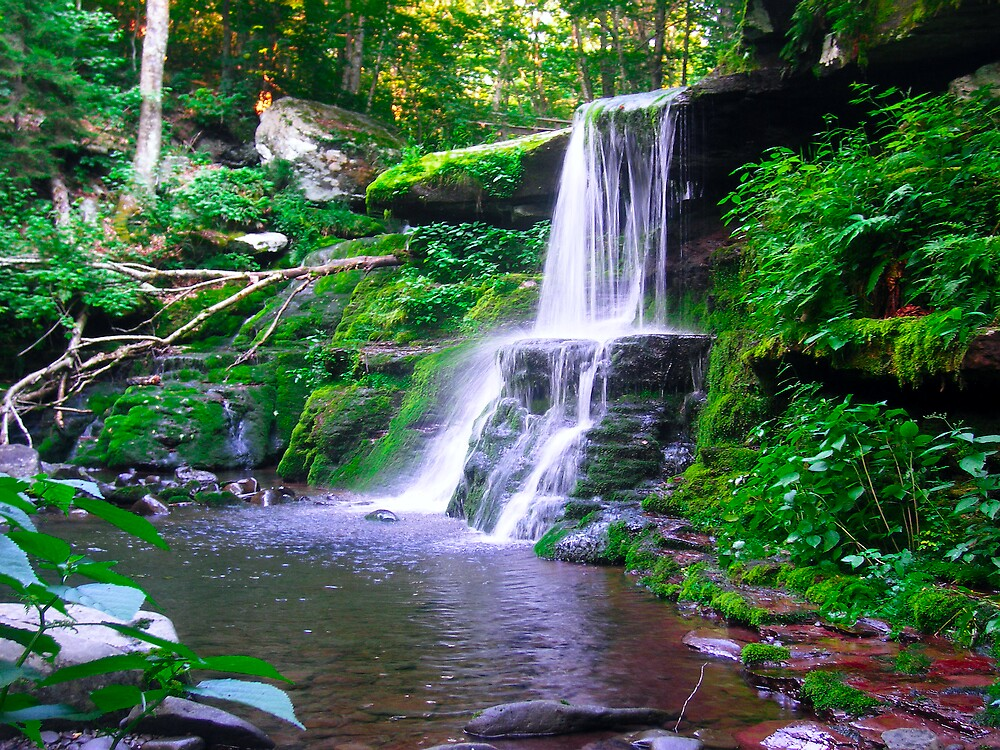 Diamond Falls by Brett Yoncak