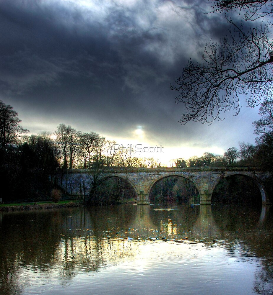 Winter skies over Durham by Phil Scott