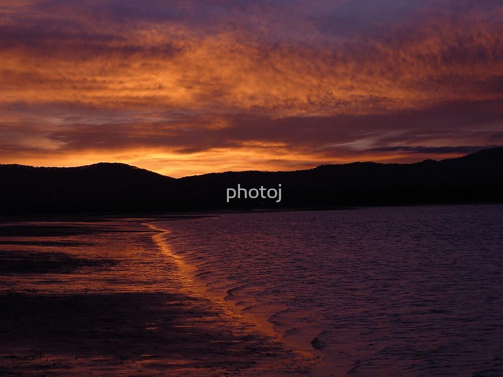 tasmania sunrise by photoj