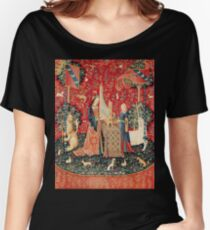 UNICORN AND LADY PLAYING ORGAN WITH ANIMALS Women's Relaxed Fit T-Shirt