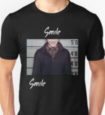 "Jerome Valeska Joker ""Smile"" Mugshot Gotham Batman Design T-Shirt"