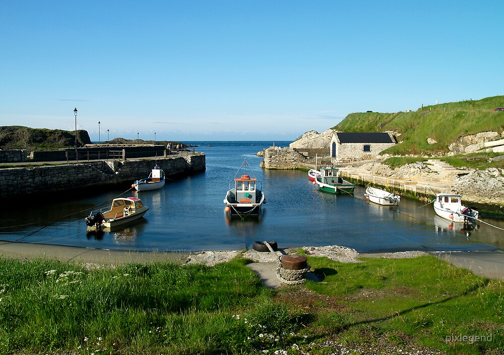 small harbour by pixlegend