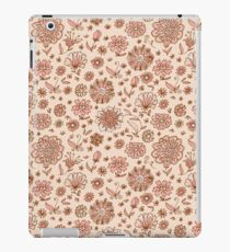 Retro Sketchy Floral Patterns iPad Case/Skin