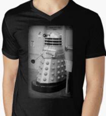 Old Fashioned Dalek Mens V-Neck T-Shirt