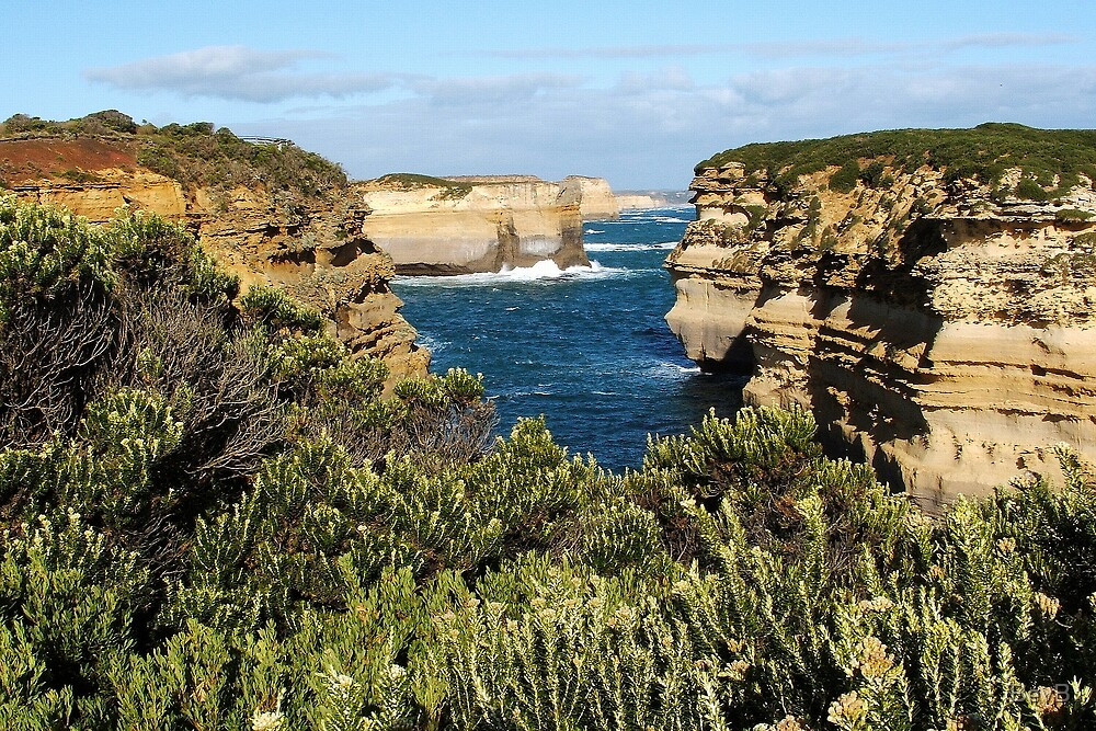 Port Campbell National Park - Cliffs by BevB