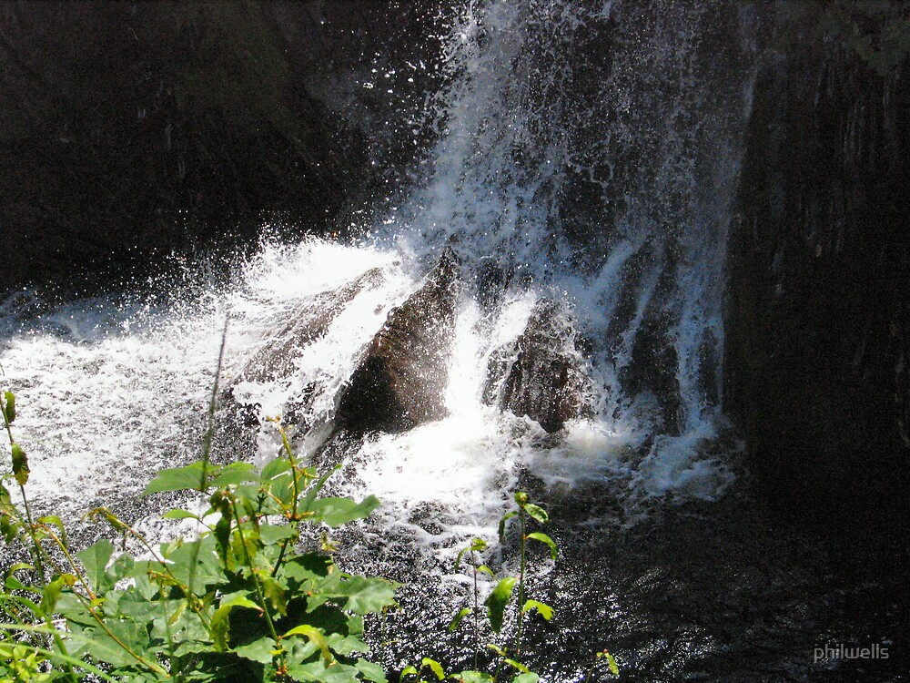 Waterfall by philwells