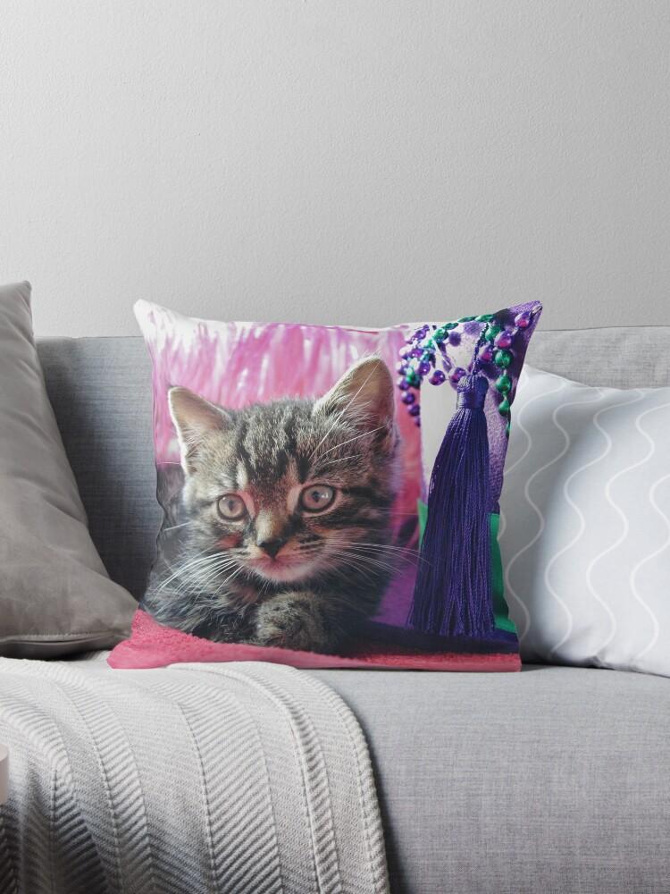 Kitty Daydream by InterestingImag