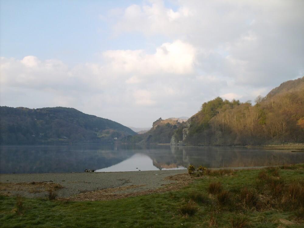 Llyn Gwynant , Snowdonia ,North Wales. by bobpm45