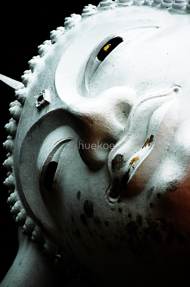 Buddha face by huekoe